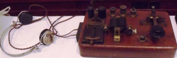 Marconi wireless set from John's collection.