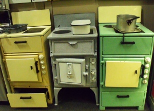A spent ages in Collectors Corner and fans of vintage domestic bygones will adore this section. It is also chock-full of kitchenalia. Here are some early twentieth century, electric, cookers.