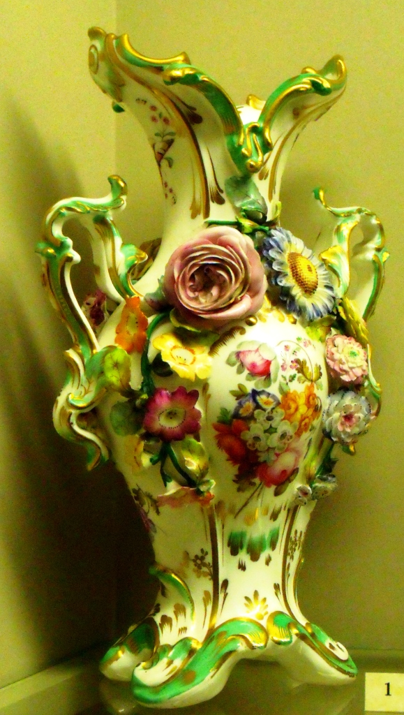 ©Ironbridge Gorge Museum Trust. Coalbrookdale ware vase, 1830-1840. This style of porcelain was produced at Coalport from the 1820s until the 1840s. The flowers were made by women employees at the Works. The techniques involved in making the flowers are still demonstrated at the Museum. Handmade porcelain were produced at Meissen in Germany during the early eighteenth century. The flowers are either put onto wire stems or applied directly to the surface of vases. In the 1750s, the Vincennes factory employed 46 girls making porcelain flowers which were mounted onto wire stems with metal leaves. Madame de Pompadour even had a porcelain flower garden made for wintertime.