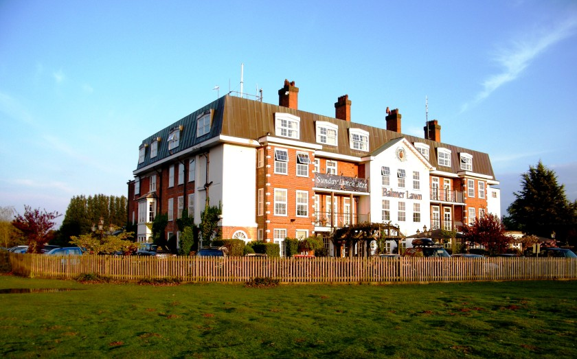 Balmer Lawn Hotel, Brockenhurst, New Forest is now a 4 star boutique hotel but was a military hospital in World War One. ©Come Step Back in Time.