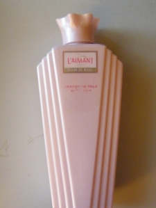 L'Aimant by Coty. This is one of my favourite fragrances. I always use L'Aimant powder. L'Aimant, launched in 1927 was one of the last fragrances Coty had been involved in creating.