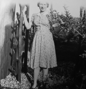 My late grandmother in 1930s (Verena Chads' granddaughter) in the garden of the Hythe bungalow. ©Come Step Back In Time
