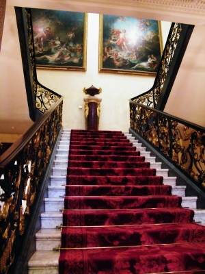 The grand, main staircase inside The Wallace Collection, 2015.  ©Come Step Back In Time