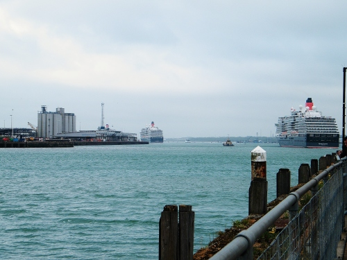 The '3 Queens' sail off into Southampton Water on their respective voyages, Sunday 3rd May, 2015. ©Come Step Back In Time